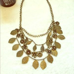 Large leaf, floral, metal, sparkle necklace 🍂
